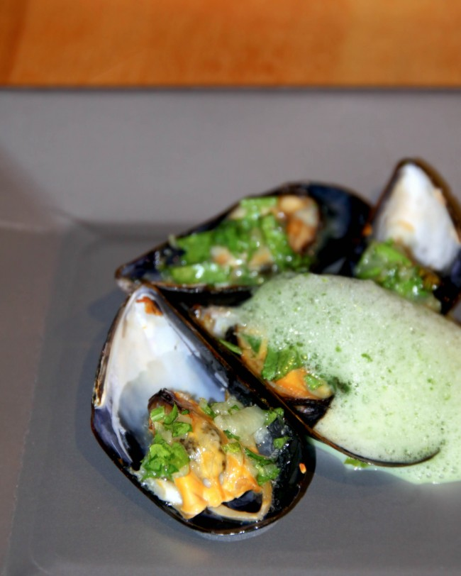 Post image for Broiled Mussels with Chive Foam